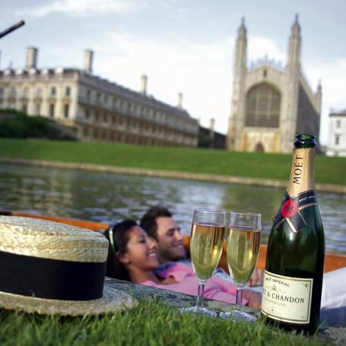 punting by king's college, cambridge klein.jpg