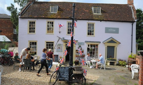 engeland lincolnshire the tea rooms and vintage shop in horncastle 2.jpg