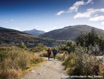 scotland cowal way hikers ben arthur .jpg